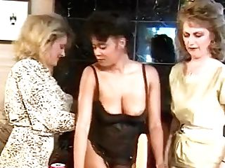 Girl-on-girl Soiree With Deep Faux-cock Fuck
