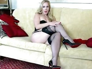 Blonde Aston Wilde Taunt In Antique Underwear High-heeled Slippers...